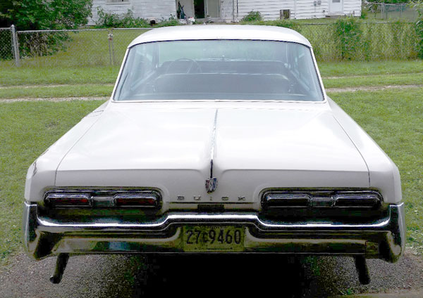 1962 Buick Electra 225 Rear