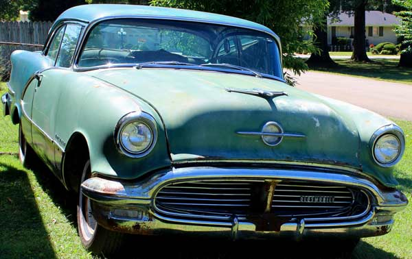 1956 Oldsmobile 98 Holiday 2Dr