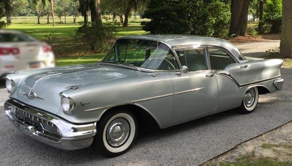 1957 Oldsmobile 88 Super